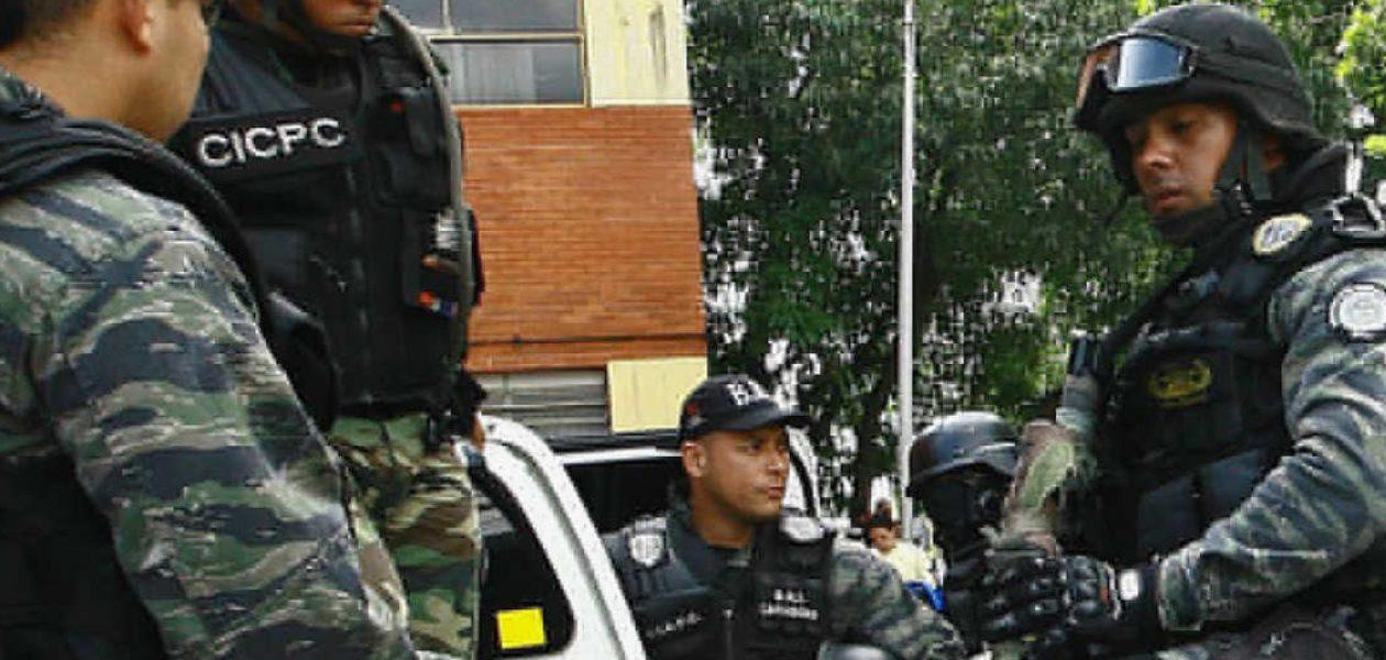 Funcionarios del CICPC son asaltados por colectivos (TWEET)