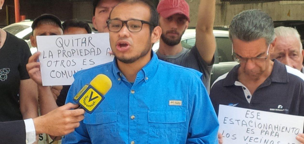 Colectivos atacaron asamblea del Frente Amplio en Caracas