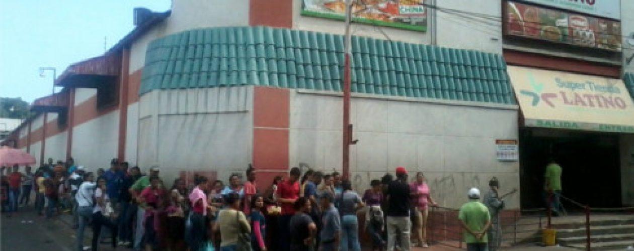 Conseguir pan en Caracas es un eterno viacrusis