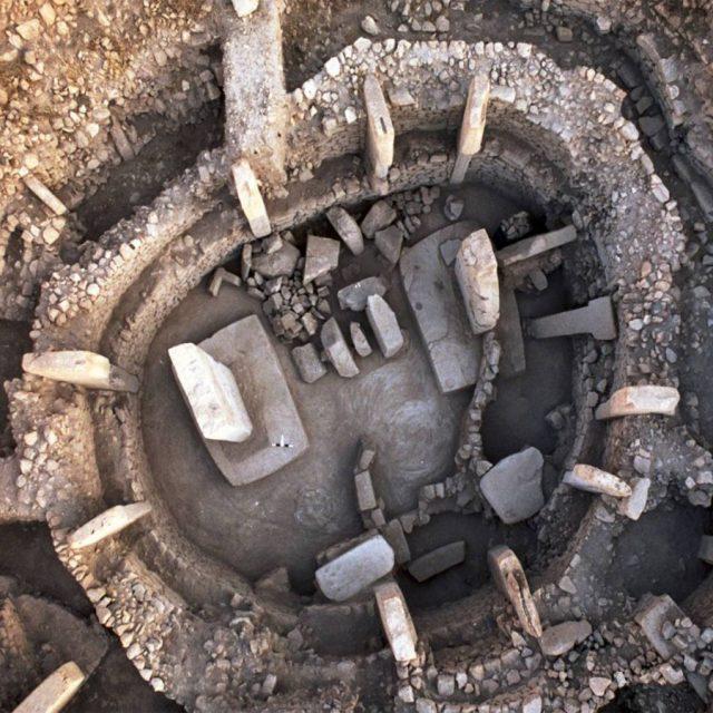 Misteriosa religión veneraba cráneos humanos hace 11 mil 500 años