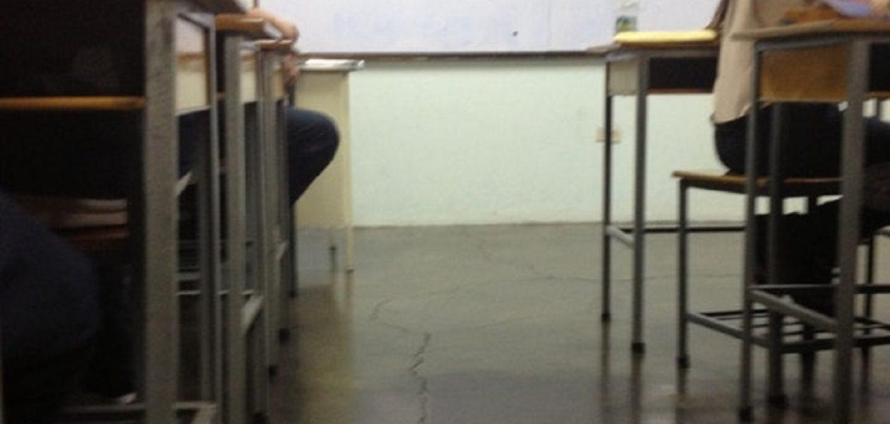 Crisis económica atrapa a colegios y maestros