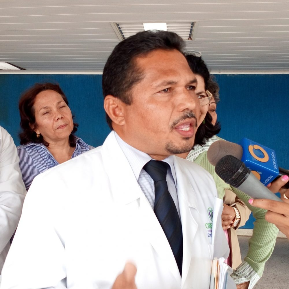 Crisis en hospitales: médicos amenazan con renuncia masiva