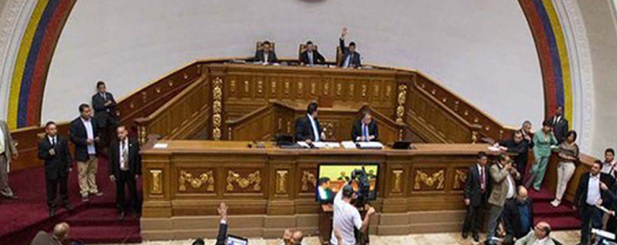 Asamblea Nacional rechaza facultades de la Constituyente
