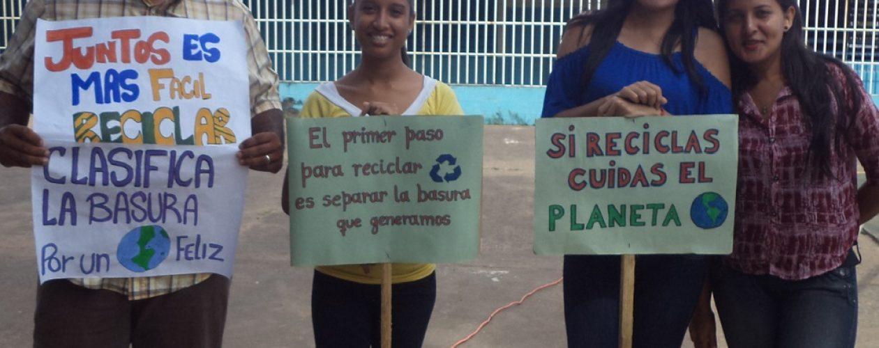 Fomentan educación ambiental con proyecto de reciclaje