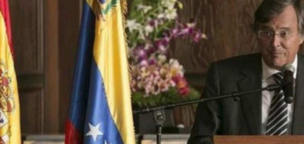 España ordena retorno de su embajador en Venezuela