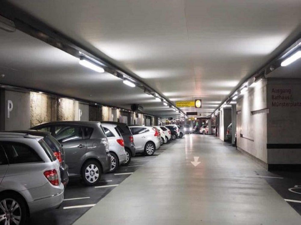 Aumentaron las tarifas de los estacionamientos en efectivo tras incremento salarial