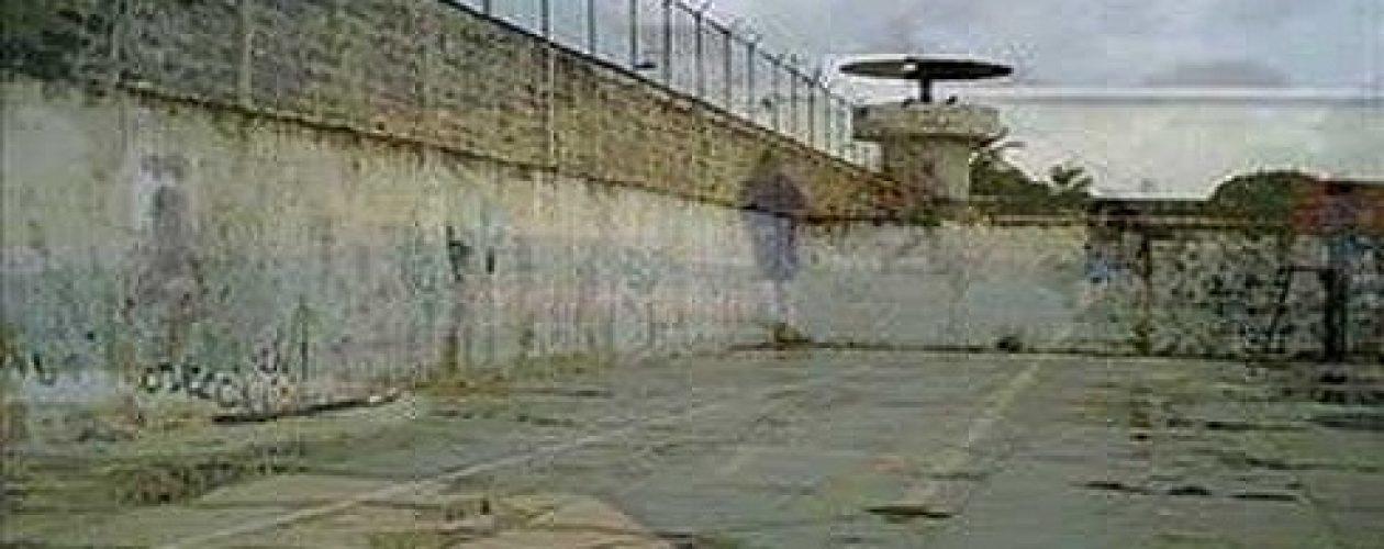 Capturan a dos de 12 reclusos fugados en cárcel de Ciudad Bolívar