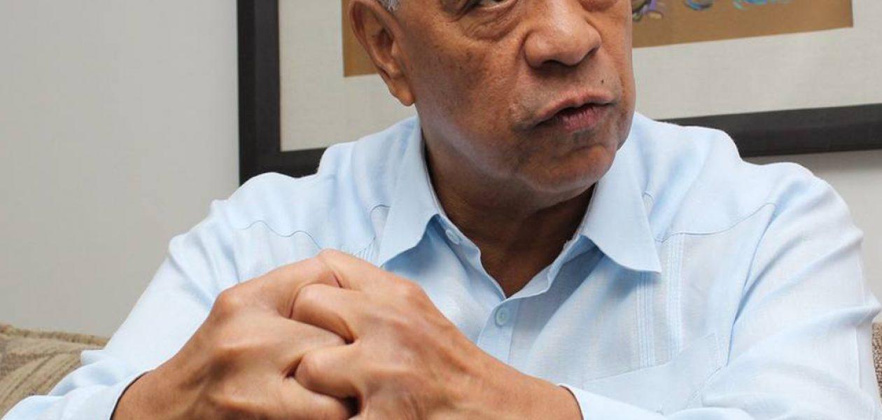 Claudio Fermín defiende a gobernadores juramentados ante la Constituyente