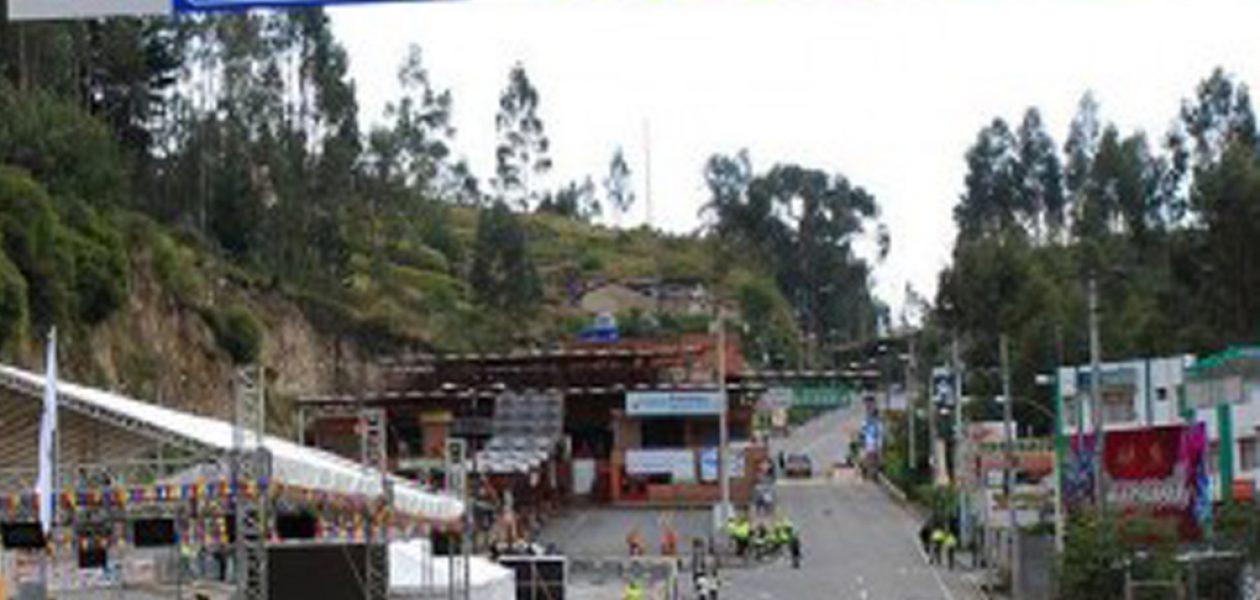 Gobierno de Ecuador prohíbe la entrada a venezolanos