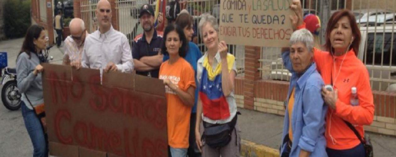 Vecinos de El Hatillo se unieron a protesta convocada por Frente Amplio