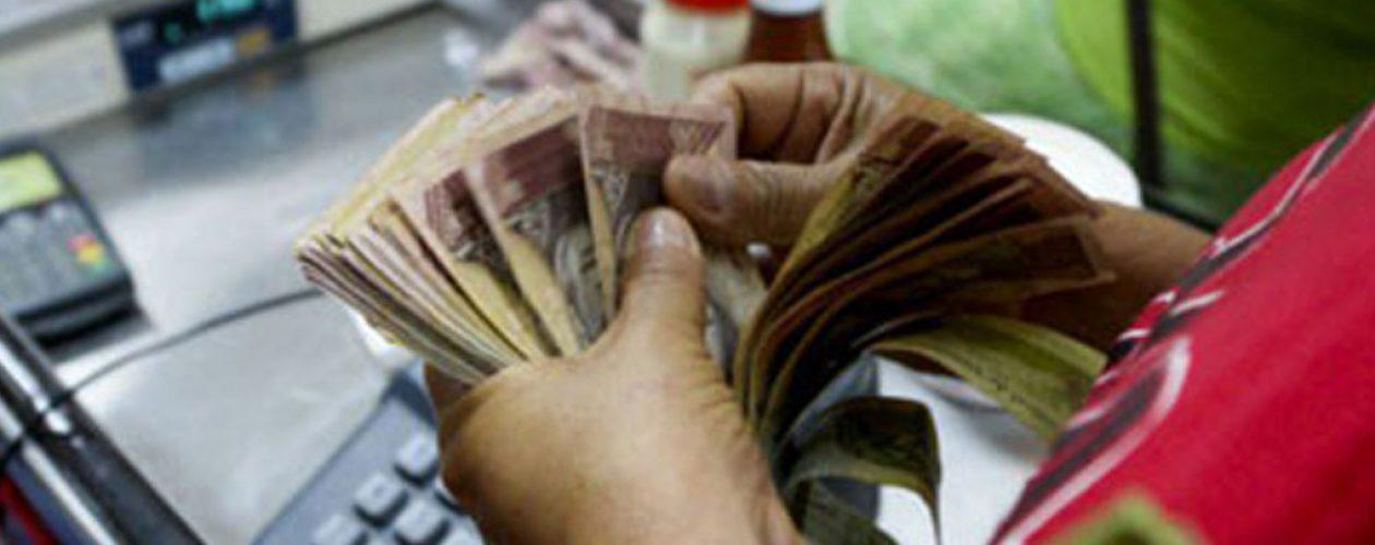 Inflación anualizada de Venezuela sobrepasó el 100.000% en dos meses