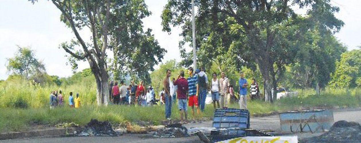 San Félix sin agua mientras otros sufren inundaciones en Puerto Ordaz