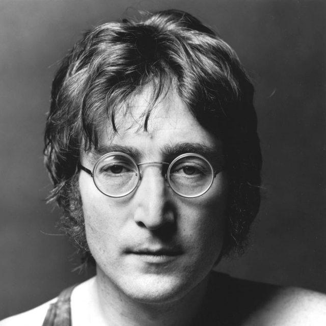 Ponen en venta el disco que John Lennon firmó a su asesino