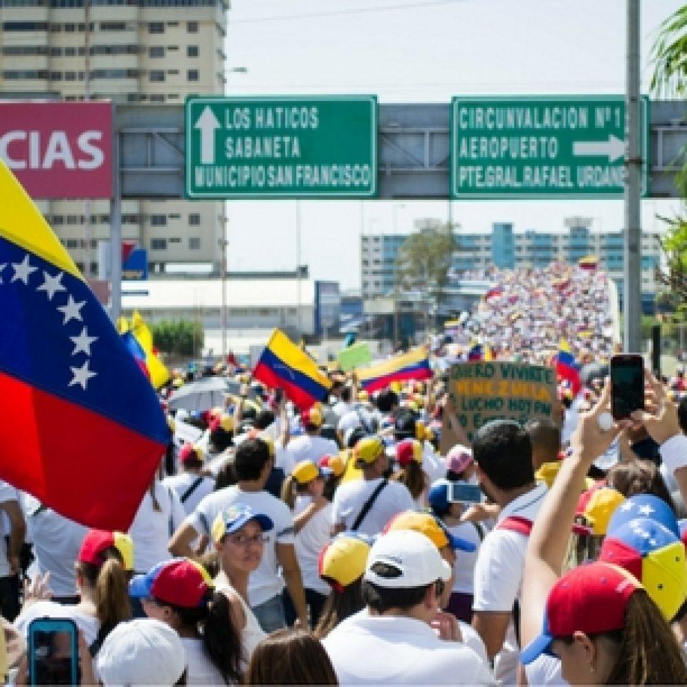 La toma de Caracas solo la parará la renuncia de Maduro