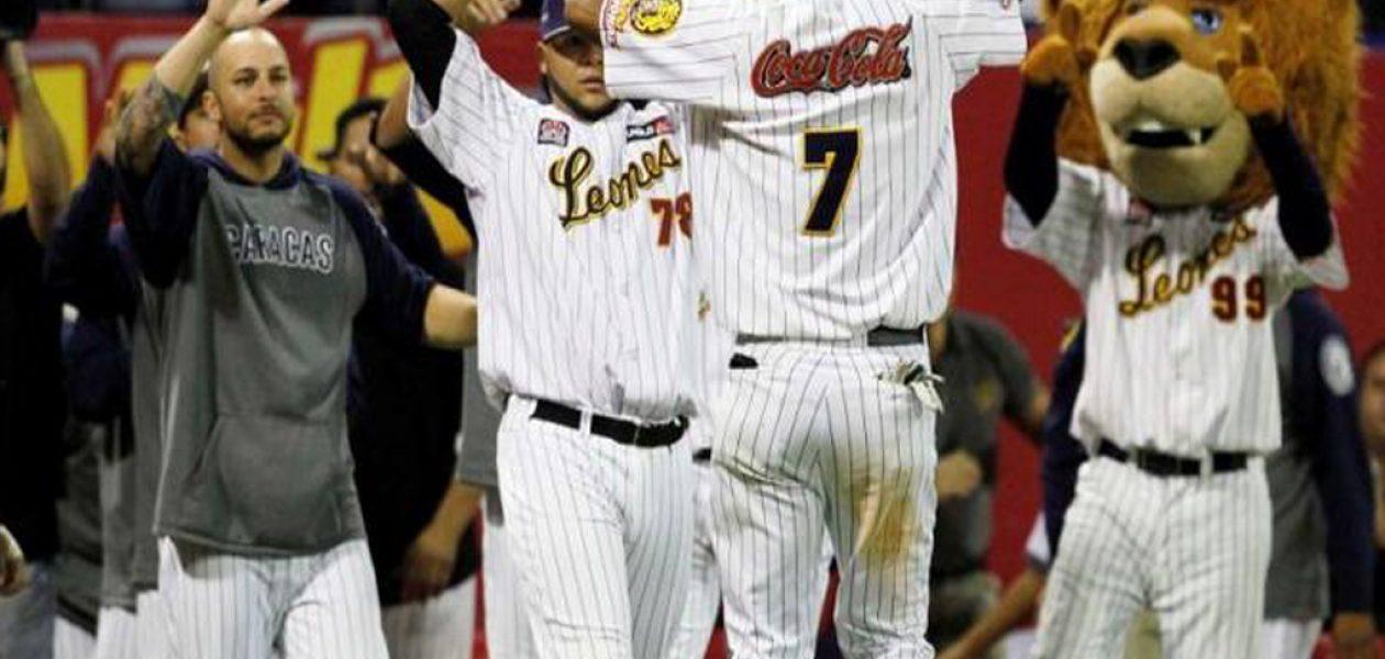 Fanáticos de Leones del Caracas rechazan aprobación de dólares para temporada de béisbol