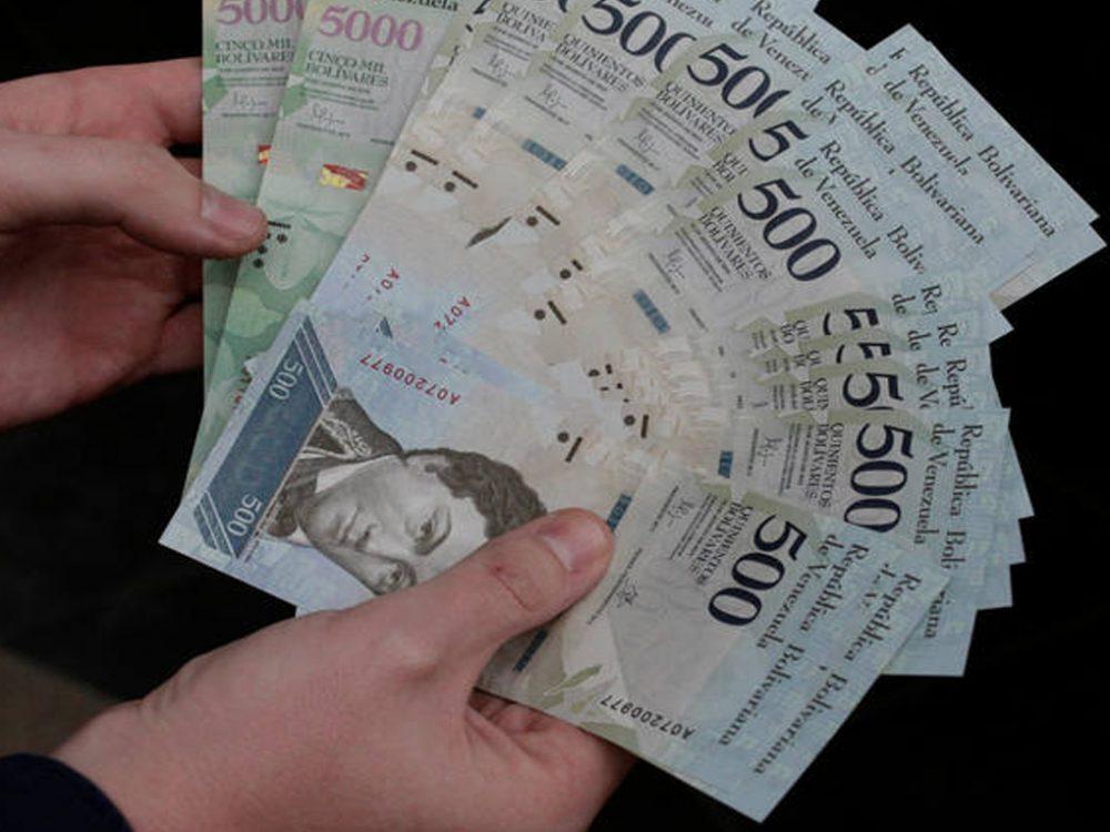 Amenazan con sanciones a comercios que no acaten reconversión monetaria