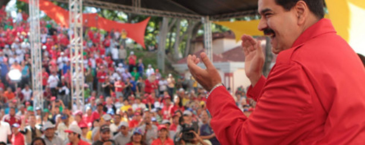Maduro: «Están preparando una intervención militar contra Venezuela y detrás de eso está Rajoy»