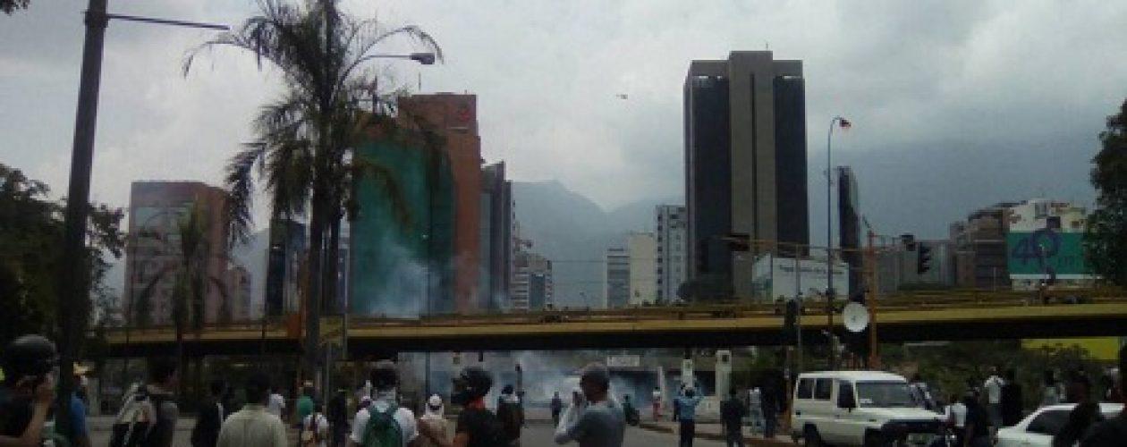 Marcha 20 de abril empañada por la represión