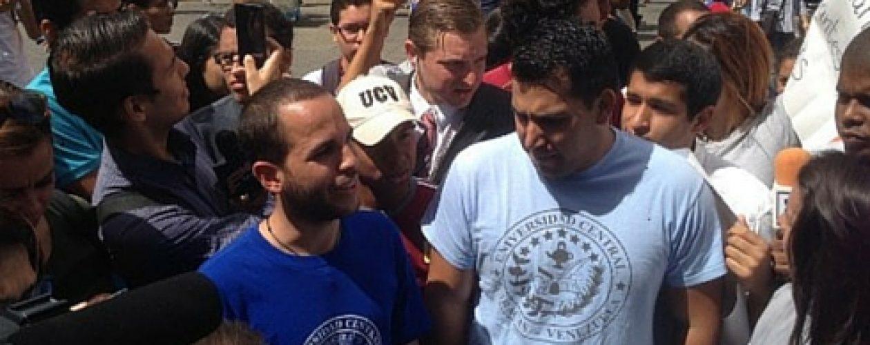 Fuerte presencia militar en la marcha de estudiantes al CNE