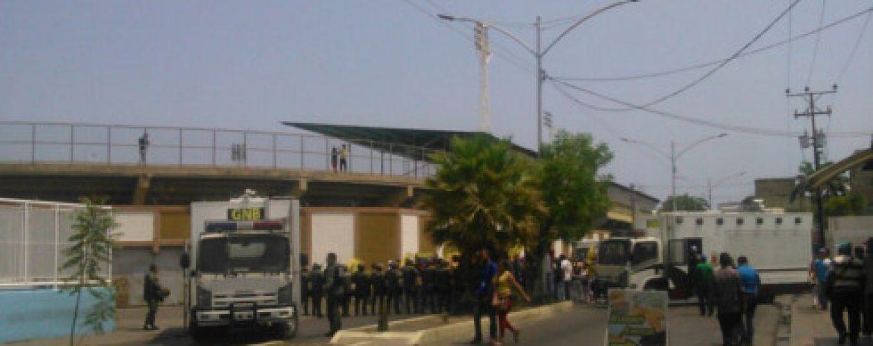 Marcha de la oposición fue impedida por la GNB en Barcelona