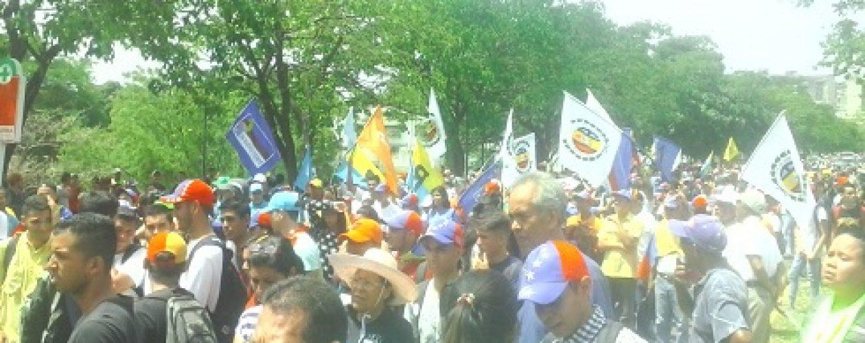 Marcha del 26 de abril en Guayana llega a Defensoría sin contratiempos