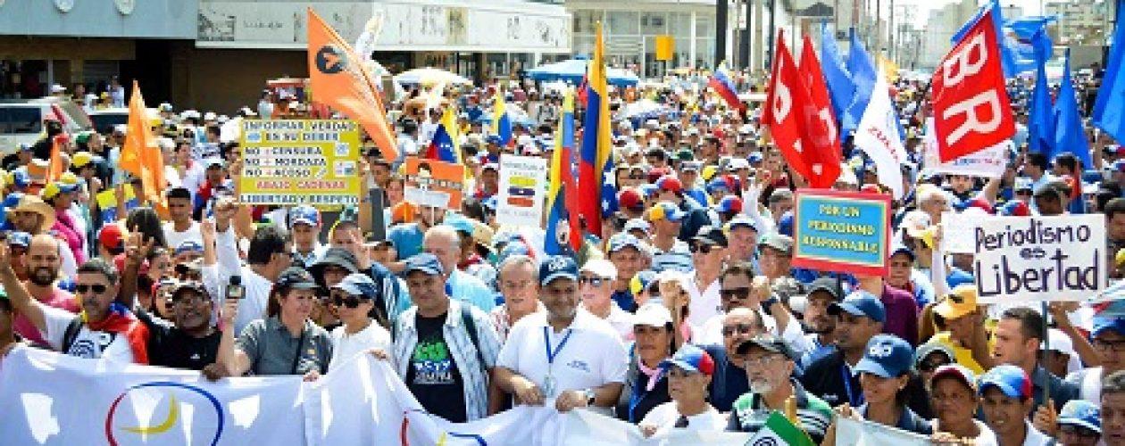 Marcha por RCTV y contra la censura en los medios de comunicación