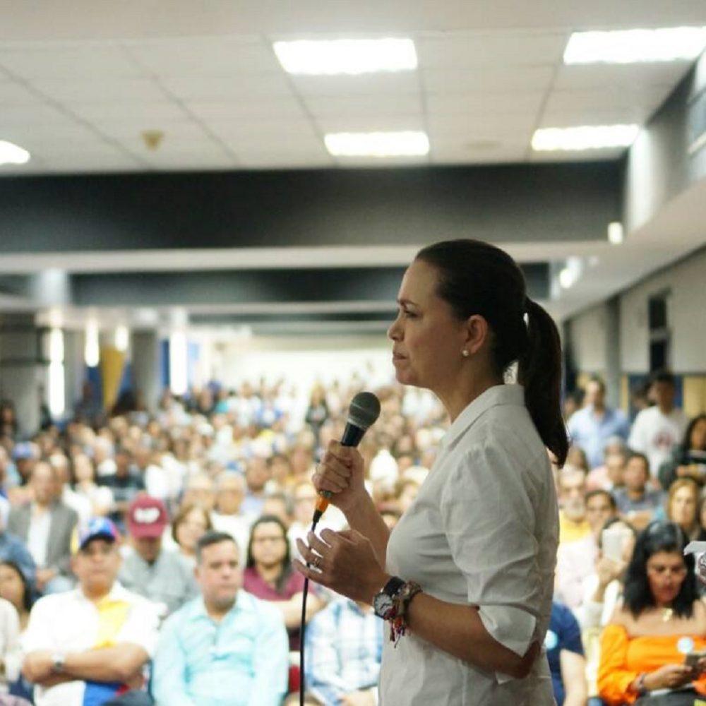 Denuncian desaparición del chofer de María Corina Machado