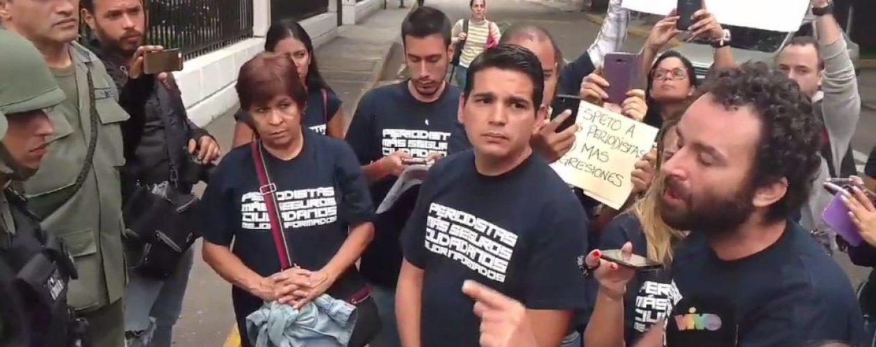"""Periodista español agredido: """"Se comportaron como hienas que venían  por mi"""""""