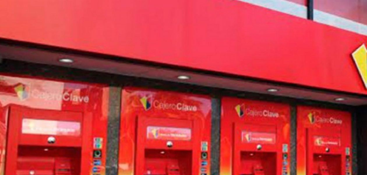 """Cajeros automáticos no dispensarán los billetes nuevos """"en el corto plazo"""""""
