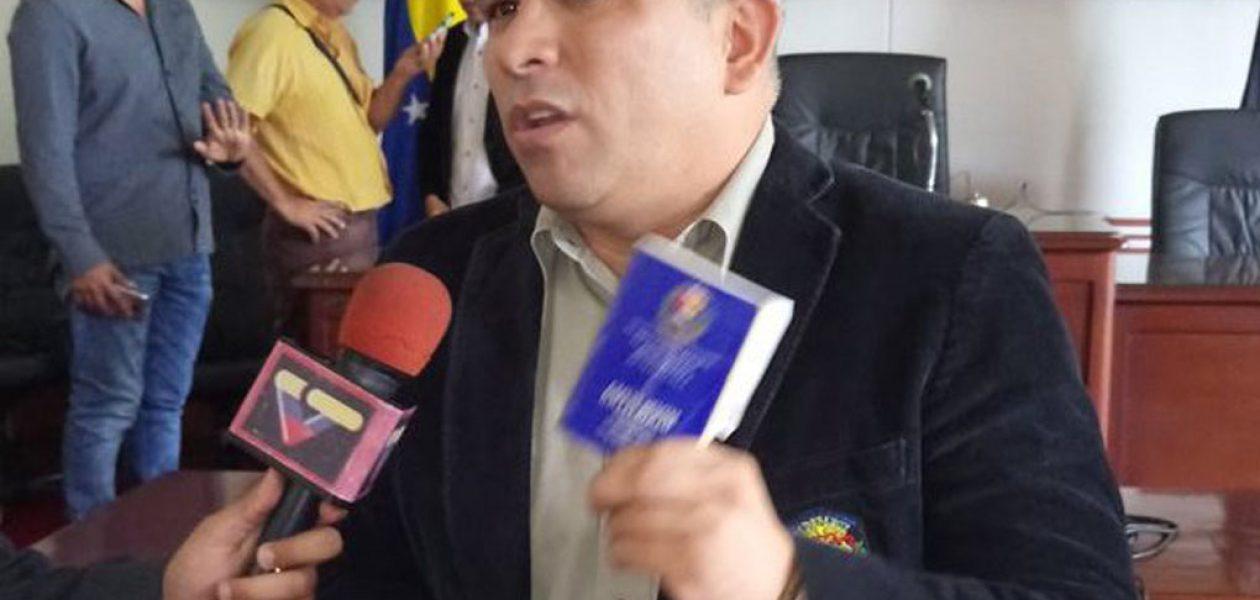 Consejo Legislativo de Táchira busca destituir a Laidy Gómez