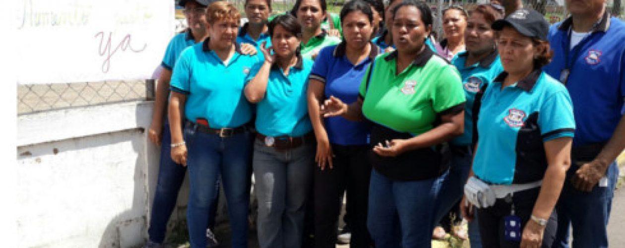 Maestros de Guayana se suman al paro y exigen contrato colectivo