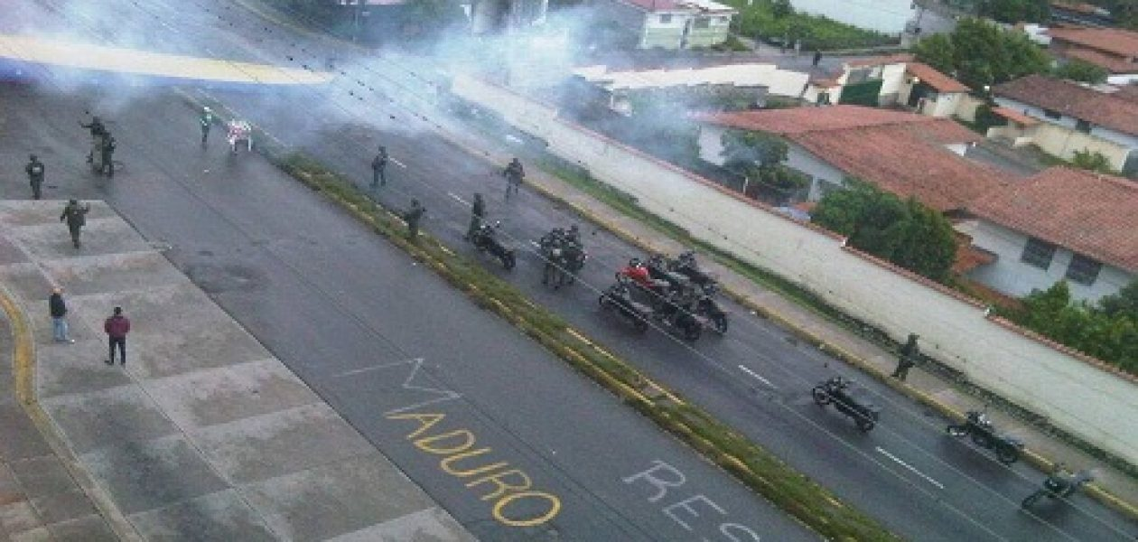 Plantón en Mérida fue atacado por la Guardia Nacional