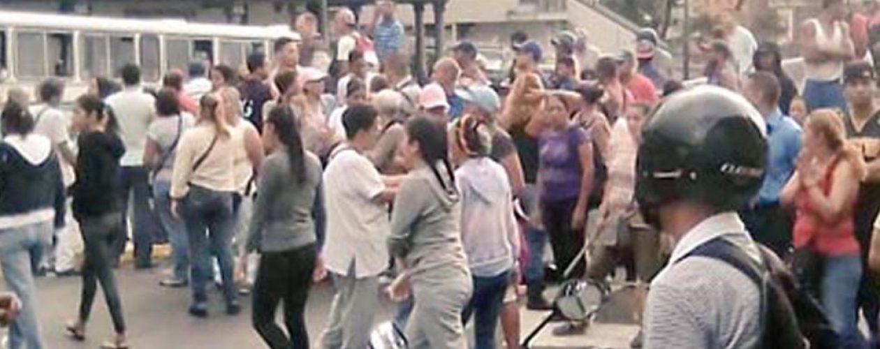 Portugal desmiente a Maduro sobre protestas por perniles