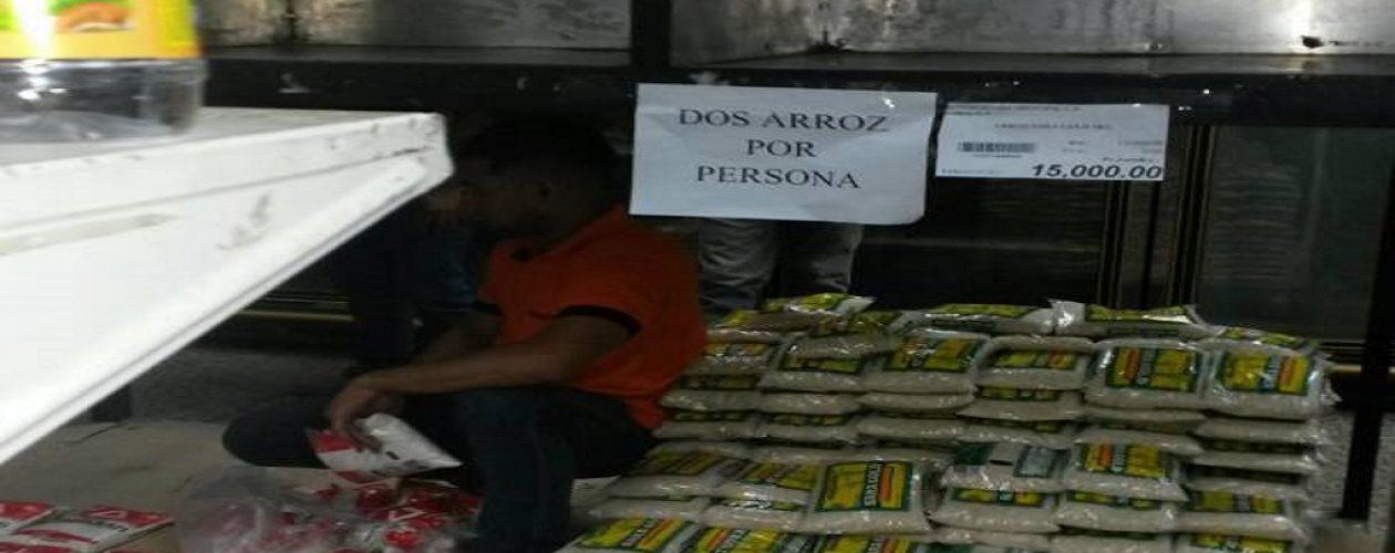 Precio del dólar dispara costo de alimentos en Venezuela