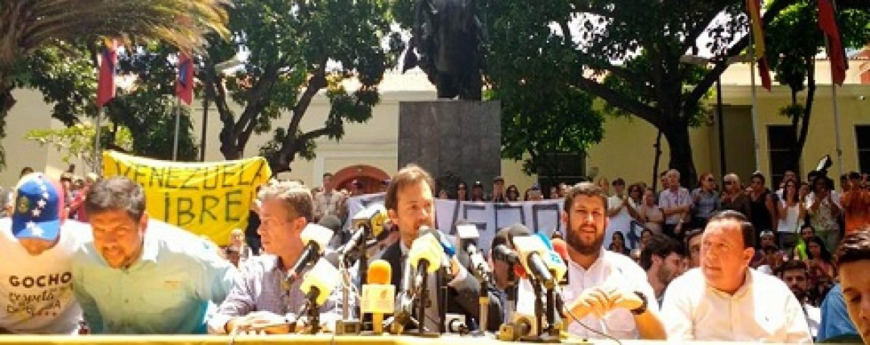 Alcaldes opositores no acatarán sentencia del TSJ