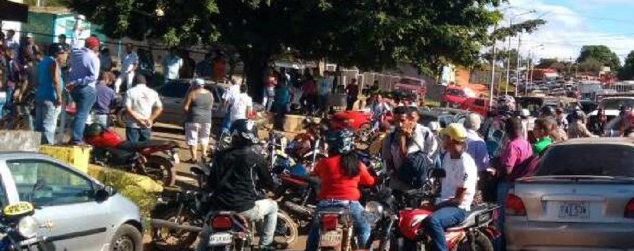 Protesta en Santa Elena de Uairén por falta de gasolina