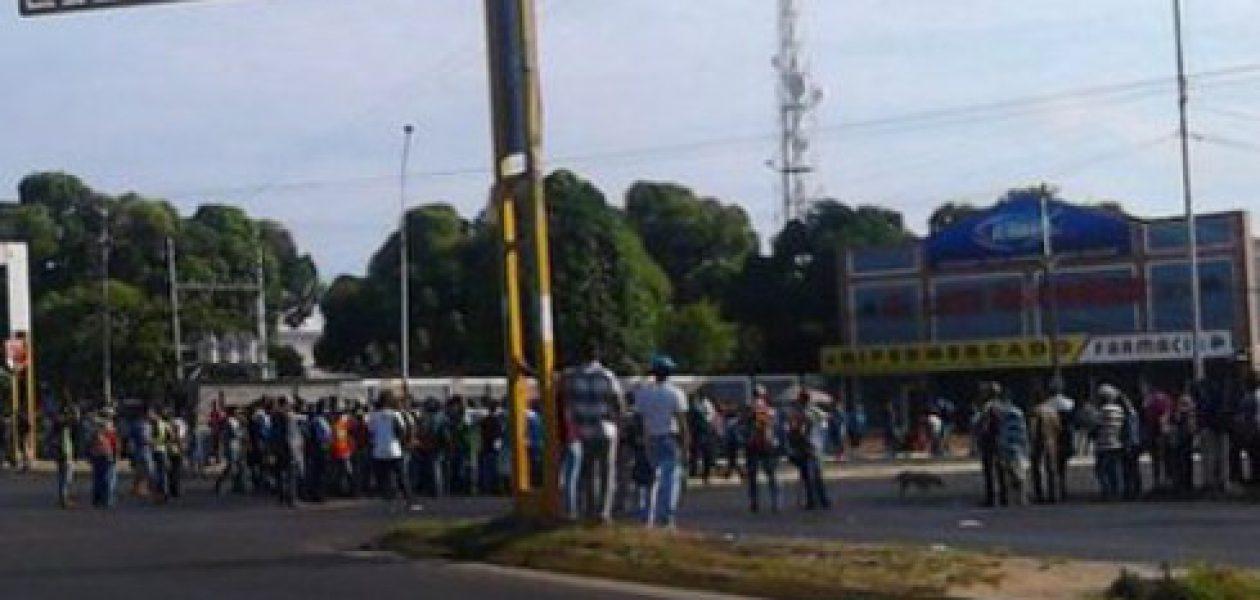 Protesta por falta de transporte público se vuelve habitual en Guayana