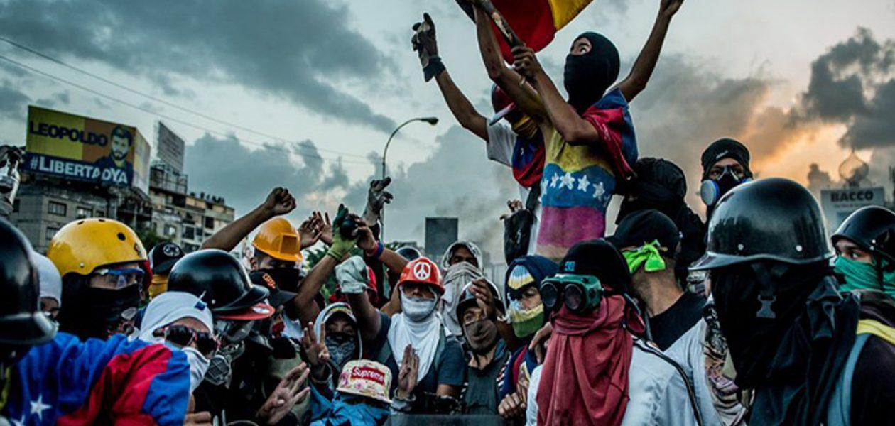 """10 integrantes de la """"Resistencia"""" detenidos tras protestas en Chacao"""