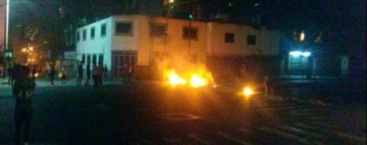 Represión de la Guardia Nacional deja un herido en Quinta Crespo