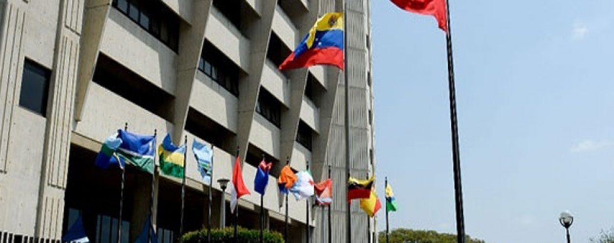 Alcaldes de Chacao y Lechería citados por el TSJ por presunto desacato
