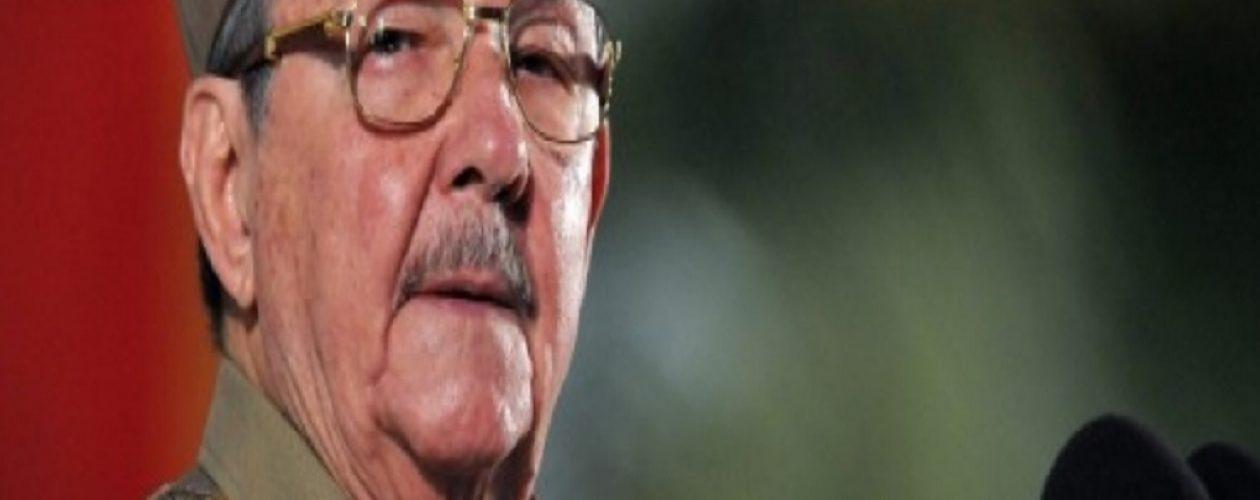 Raúl Castro tendrá dos meses más de mandato