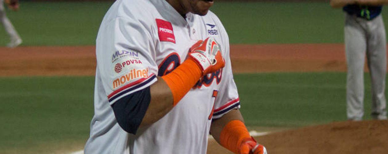 René Reyes mejor jugador de la décimo primera semana del béisbol venezolano