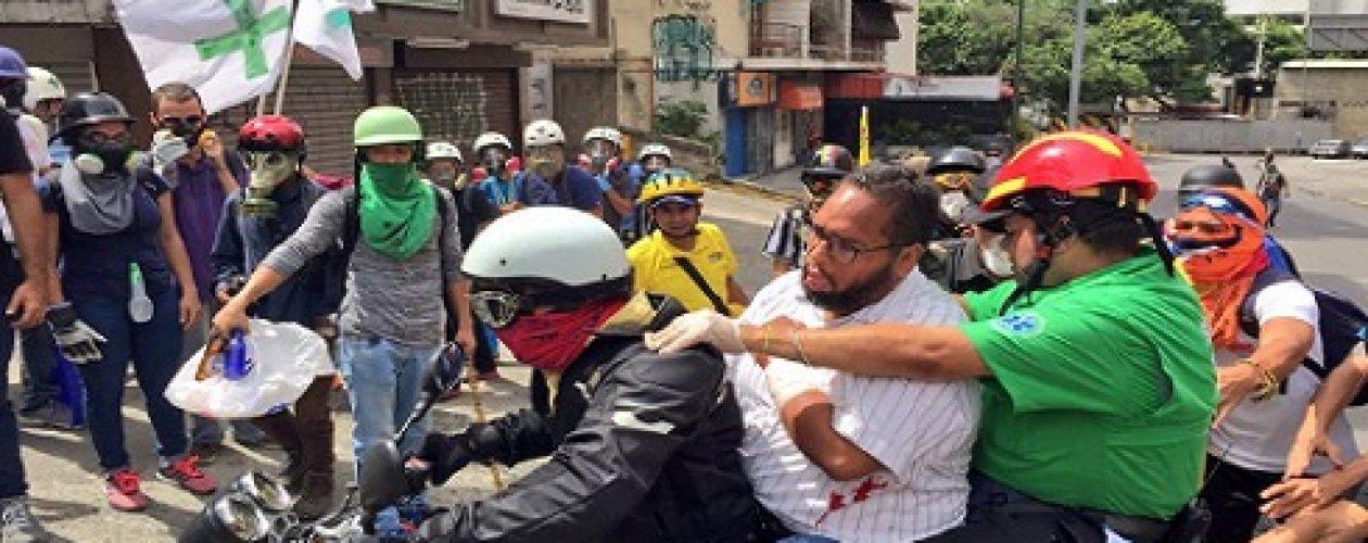 Un herido de bala durante represión en Bello Monte