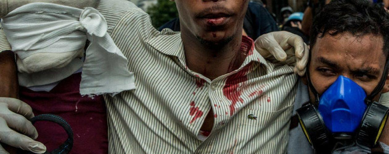 20 personas heridas por represión en Chacaíto