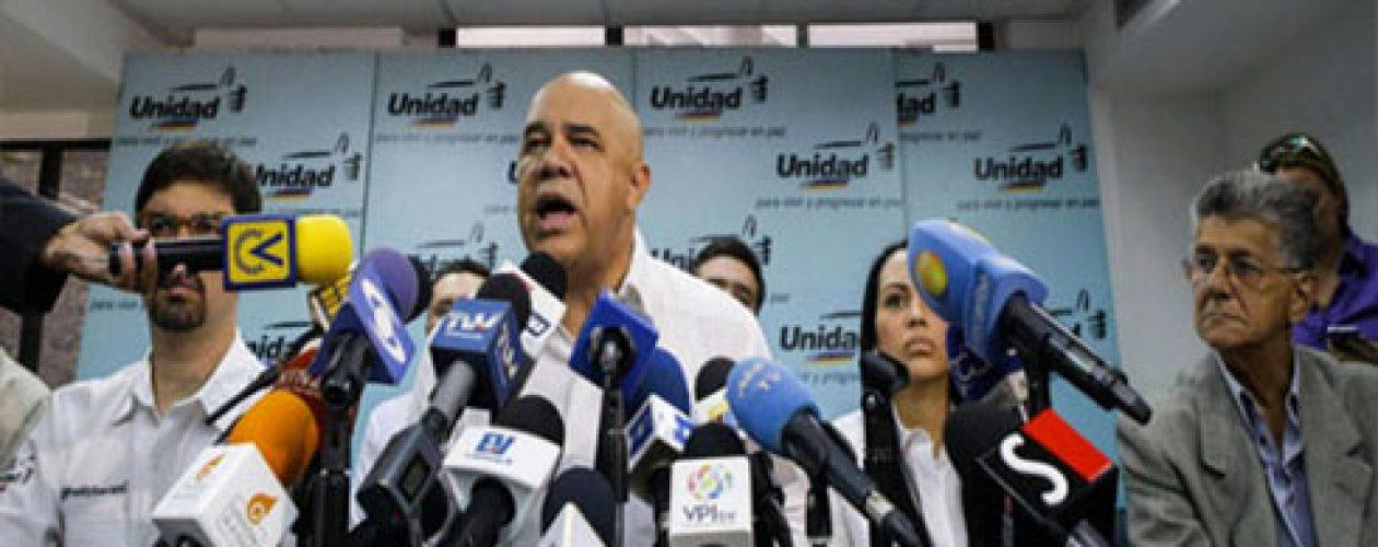 MUD anuncia Campaña Internacional para denunciar conspiración contra el revocatorio