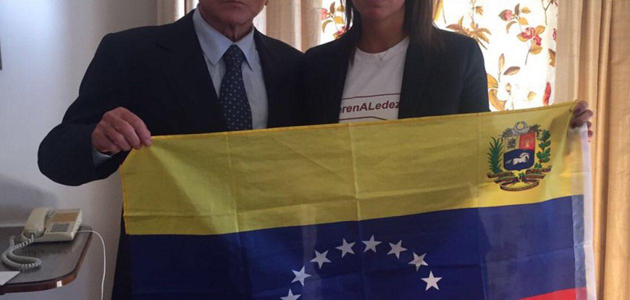 Silvio Berlusconi se solidariza con Venezuela