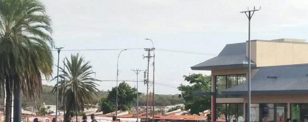 Situación de rehenes en Mc Donalds de Puerto Ordaz dejó dos abatidos