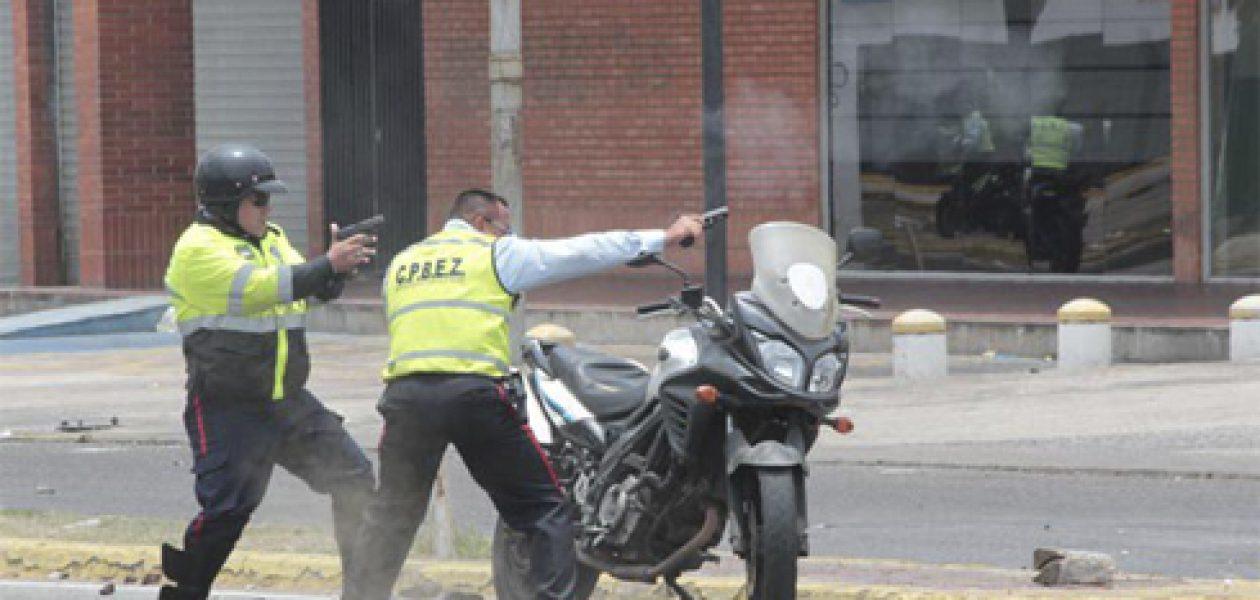 Denuncian uso de armas de fuego para reprimir manifestaciones en Zulia