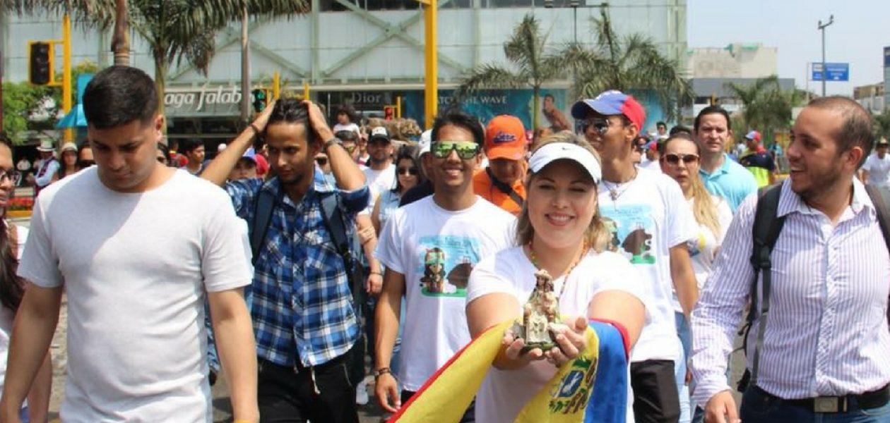 Venezolanos en Perú peregrinaron con la Divina Pastora por la paz de su país