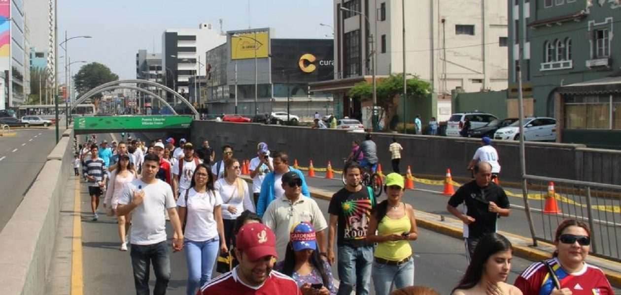 Venezolanos en Perú marcharán para pedir un canal humanitario